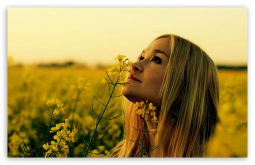 smelling_flowers_2-t2.jpg